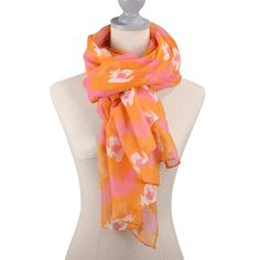 This organic-cotton scarf comes in a graphic print. Light weight scarf. Perfect for any season or any outfit! www.thepreppypair.com #scarf