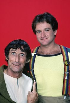 Still of Robin Williams and Robert Donner in Mork & Mindy (1978)