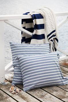 Seaside Poplin Striped Bedding Seaside Knitted Throws #lexingtonco, #lexingtoncompany, #lexingtonclothingcompany