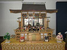 【雛人形】平成21年3月25日。4月2,3日に河北町谷地ひな市通りにて開催される『谷地ひな祭り』にあわせ、当八幡宮のひな人形を公開しました。