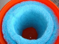 5 Gallon Bucket Swamp Cooler DIY Project - Cooling your tent or van. The basic idea for the bucket cooler is just a smaller version of Yellowdog's cooler made from a rubbermade garbage can.    An evaporative cooler will reduce the temperature by 20 to 30 degrees. All the ideas that people came up with on this thread are a perfect example of radical self relience! (Bravo!!!)