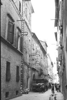 Matelica, Palazzo Croci Razzanti prima della demolizione (1964 - 1965) 2/7