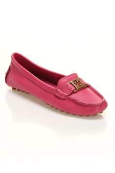 Tory Burch Loafer In Love Pink.