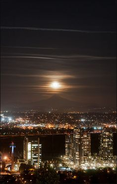 OHSU Moonrise,, Portland, Oregon; photo by Victor von Salza / some day i hope this will be home