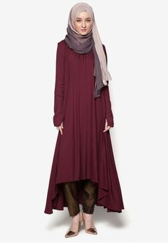 Mulberry Midi Dress from Aab Collection in red_1