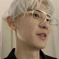 "w on Twitter: ""12 นกอ้วน… "" Exo Ot12, Chanbaek, Park Chanyeol Exo, Kyungsoo, Rapper, Boyfriend Best Friend, Husband Love, Going Crazy, Boyfriend Material"
