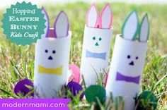 Hopping Easter Bunny Kids Craft -- great way to keep the kids occupied! Fun Crafts To Do, Holiday Crafts For Kids, Kids Crafts, Easter Arts And Crafts, Bunny Crafts, Diy Easter Decorations, Easter Activities, Easter Bunny, Easter Ideas