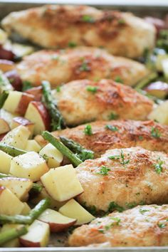 One Pan Baked Parmesan Chicken and Vegetables Healthy Recipes, Dog Recipes, Chicken Recipes, Cooking Recipes, Family Recipes, Korean Recipes, Quick Recipes, Italian Recipes, Living At Home