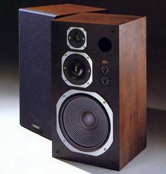 CORAL X-V   1980