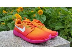 25ec134819da Nike Roshe Run Print Bubblegum Sunset Dames Oranje Karmozijnrode Wit