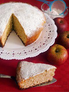 La Torta di mele annurche soffice e rapida è un dolce facile e veloce da preparare anche all'ultimo momento per un'occasione speciale.  O:-)