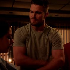 He can disagree with me whenever Team Arrow, Arrow Tv, Murder Mystery Games, Murder Mysteries, Oliver Queen Arrow, Stephen Amell Arrow, Oliver And Felicity, Dc Tv Shows, Emily Bett Rickards