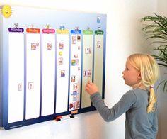 Planbord blauwe ster - extra groot, is een groot magnetisch planbord voor meerdere kinderen of voor in de kinderopvang, scholen etc. Het bord geeft een weekoverzicht en werkt met leuke magneet pictogrammen. Bestel hier!