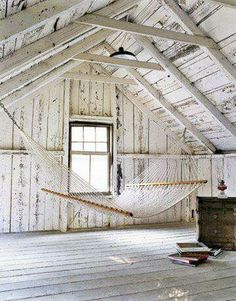 Don't like hammocks, but I love the space...