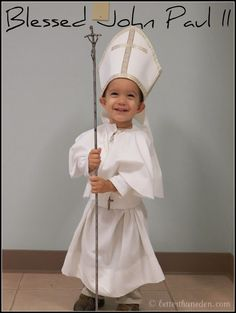 Saint John Paul II costume idea All Saints Day Saint John, Saint Jean Paul Ii, St John Paul Ii, Cute Costumes, Halloween Costumes, Costume Ideas, Halloween Halloween, Halloween Makeup, Party