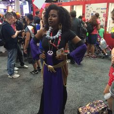 Awesome RAT QUEENS cosplay at #SDCC!