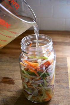 Pickled Vegetables Recipe, Pickled Slaw Recipe, Pickling Vegetables, Asian Recipes, Healthy Recipes, Asian Slaw, Vegetable Sides, Fermented Foods, Canning Recipes
