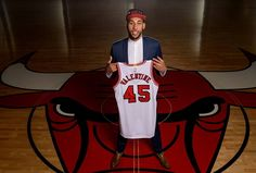 NBA Summer League Finals: Denzel Valentine On Fire, the Future of Chicago Bulls? - http://www.hofmag.com/nba-summer-league-finals-denzel-valentine-on-fire-the-future-of-chicago-bulls/172013