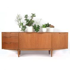 Located using retrostart.com > Sideboard by Tom Robertson for Mcintosh…