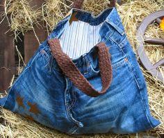Tasche aus Jeanshose, Herrenhemd und Gürtel / Bag made from old pair of jeans, men's shirt and belt / Upcycling