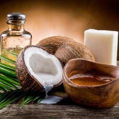 Duschgel Rezept für Kokos-Duschgel - Das feine Kokosöl dringt gut in die Haut ein, es wirkt ausgleichend, glättend und spendet Feuchtigkeit.