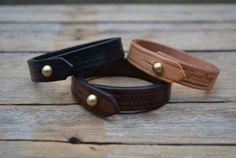 Slim wristband