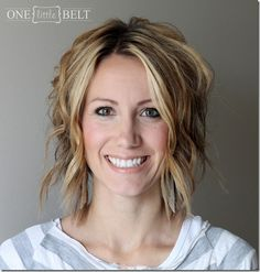 ONE little MOMMA: Loose Curls for Short Hair- Tutorial