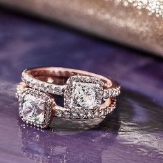 Bedazzle your fingers with these vintage inspired PANDORA rose rings #PANDORA #PANDORAring