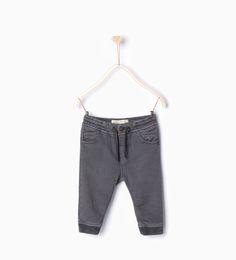 Spodnie typu joggers - Spodnie - Niemowlę chłopiec | 3 miesiące - 3 lata - DZIECI | ZARA Polska