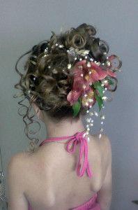 beautiful flower girl hairstyles
