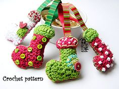 Christmas socks / booties  crochet pattern by VendulkaM on Etsy, $3.80
