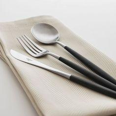 Découvrez les couverts design et élégant Goa de Cutipol sur notre site internet.