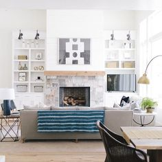 Trendy House Beautiful Living Rooms Built Ins 36 Ideas My Living Room, Home And Living, Living Room Decor, Living Spaces, Fireplace Built Ins, Home Fireplace, Fireplace Stone, Fireplaces, Stone Mantle