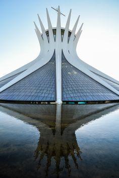 Oscar Niemeyer's Cathedral of Brasília Photographed by Gonzalo Viramonte  © Gonzalo Viramonte