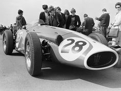 Roy Salvadori (GB) - Maserati (Maserati fuel pressure Gilby Engineering Ltd Maserati, Silverstone F1, Formula 1 Car, Ferrari F1, Good Times Roll, F1 Racing, Car And Driver, Vintage Racing, Car Detailing
