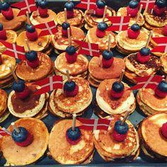 Fødselsdag i børnehaven for Mille De små pandekager var et hit #fødselsdag#pancakes#morskrøltop