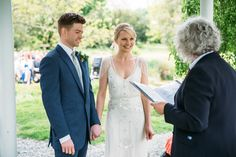 A bride wearing Eden by Jenny Packham for her Preston Court wedding. Photography by Red on Blonde
