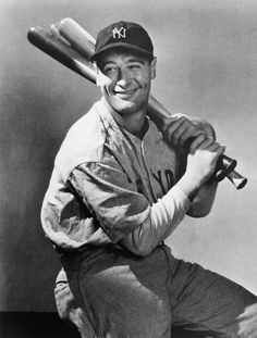 Portrait of New York Yankees first baseman, Lou Gehrig , seated with three baseball bats over his shoulder, circa Get premium, high resolution news photos at Getty Images Lou Gehrig, Best Baseball Player, Better Baseball, Baseball Records, New York Yankees, Damn Yankees, Babe Ruth, After Life, Sports