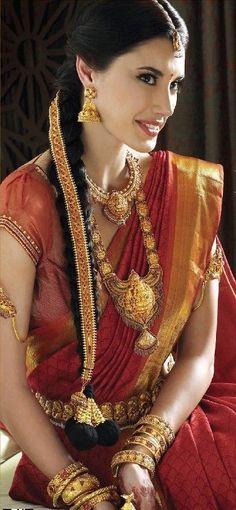 Indian #Wedding #jewellery at ownow.com/jewellery