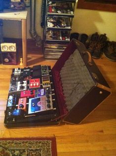 diy pedalboard homemade music musings pinterest homemade the o 39 jays and ps. Black Bedroom Furniture Sets. Home Design Ideas