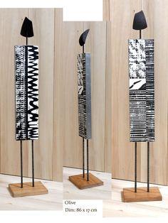 sculpture en mosaïque de bois peint noir et blanc