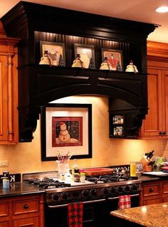 40 Kitchen Vent Range Hood Design Ideas_14