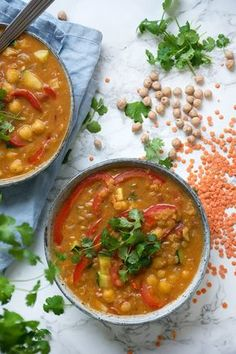 Valdemarsro - Budgetvenlig kikærtegryde opskrift Veggie Recipes, Indian Food Recipes, Vegetarian Recipes, Cooking Recipes, Healthy Recipes, Food Crush, Food Festival, Winter Food, Food Inspiration