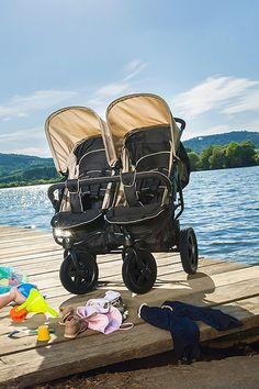 Ein #Zwillingskinderwagen hat zwei Babywannen oder zwei Sportsitze. Denn es sollen zwei Kinder des gleichen Alters im Doppelkinderwagen Platz finden. Informiere dich über die Varianten und Ausstattungen von #Geschwisterwagen und vergleiche beliebte Produkte. Tandem, Buggy, Bean Boots, Baby Strollers, Children, Second Child, Twins, Kids Wagon, Products
