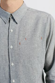 The Joseph joins Bridge & Burn's long tradition of well-tailored mens shirting that transitions easily from work to play. This is a classic slim-fit but accomodates slightly larger frames who prefer a Mens Casual Dress Outfits, Casual Shirts For Men, Business Casual Outfits, Men Casual, Fleece Lined Flannel Shirt, Boys Kurta Design, Mode Man, Bespoke Shirts, Mens Designer Shirts