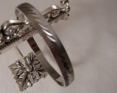MONET SILVER BANGLE / Bracelet / Etched / Designer / Signed / Hipster / Fashionista / Rockabilly / Steampunk / Retro / Trendy / Accessory