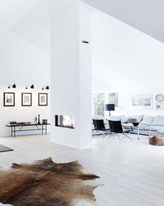 Deense loft. Danish loft. Voor meer interieur inspiratie kijk ook eens op http://www.wonenonline.nl/