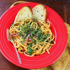 Deliciously light pasta punched to the limit with the flavor of fresh herbs.