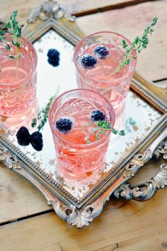 El cocktail ideal para tu fiesta de verano. Puro amor. rspv.es