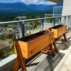 The leg up condo farm! Cedar planter box with self watering built in reservoir